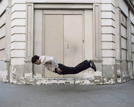 Anti-gravity-pose