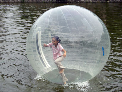 Walking-on-water-ball