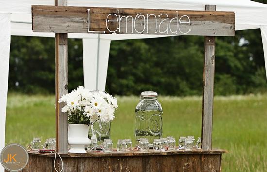 Lemonade-stand-diy